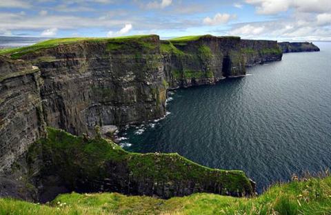 أيرلندا .. شواطىء وخلجان جميلة ومياه فيروزية ورمال كريستالية