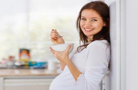 أهم الاطعمة المفيدة لمرحلة الحمل