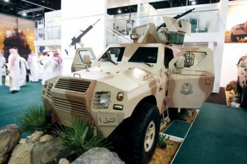 المؤسسة العامة للصناعات الحربية السعودية تعرض للمرة الأولى عربة مضادة للألغام في ايدكس 2013