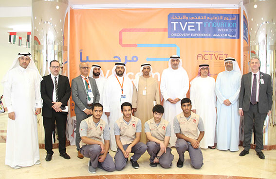 أحمد القاسمي يشهد برنامج اسبوع التعليم التقني والابتكار برأس الخيمة