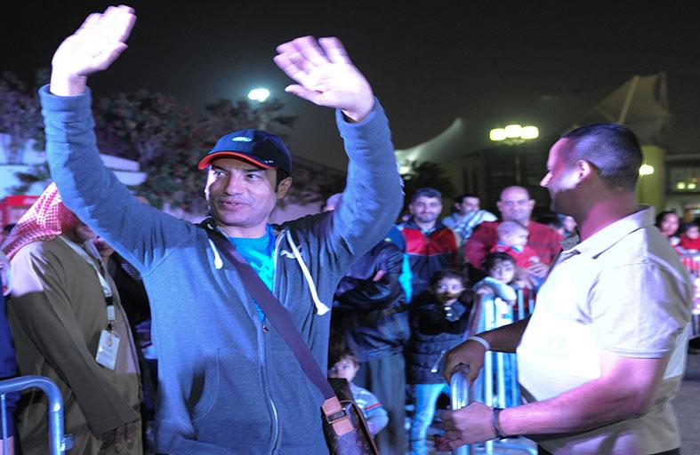 إيهاب توفيق سفير النوايا الحسنة يزور (القارات الست) في منتزه خليفة بأبوظبي