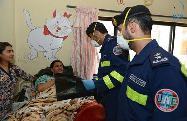 أهالي ضحايا زلزال نيبال يثمنون جهود فريق الإمارات للبحث والإنقاذ في تقديم الخدمات الطبية والإنسانية