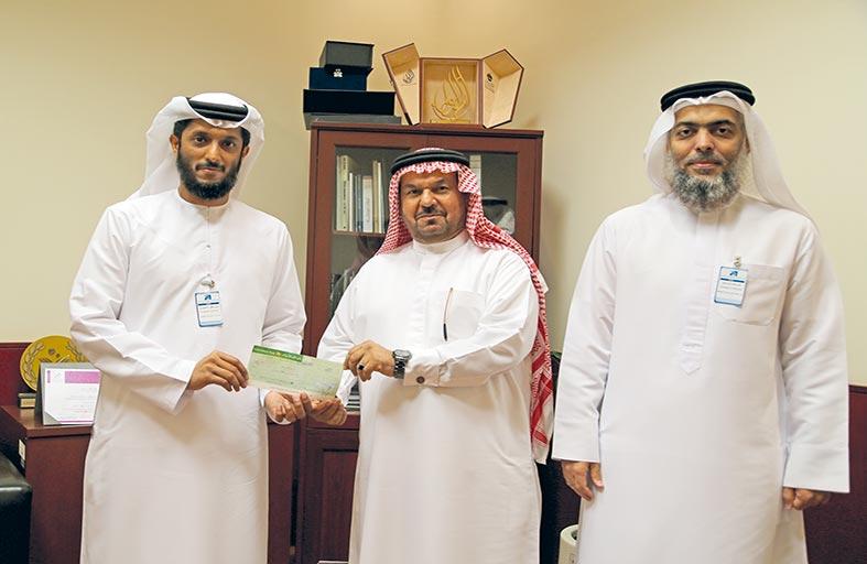 إسلامية دبي تتبرع بقيمة حافلتين لنادي خورفكان للمعاقين