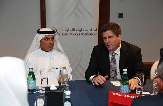 اتحاد مصارف الإمارات يوقع اتفاقية شراكة مع جمعية المصرفيين البريطانيين