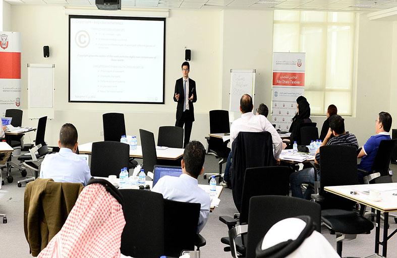 اقتصادية أبوظبي تنجز 50 %  من برنامج ابوظبي للتصدير