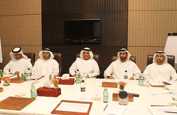 سعود بن صقر يطلع على نتائج خلوة الحكومة الأولى نحو خدمات حكومية متميزة