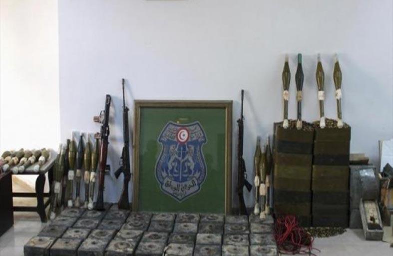 تونس: اعتقال إرهابي خطير وكشف محزن أسلحة