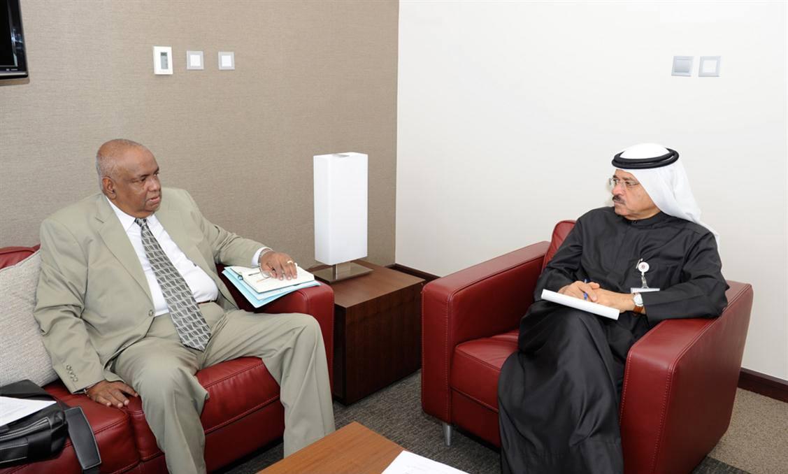 الخارجية تبحث التعاون الثنائي مع سريلانكا