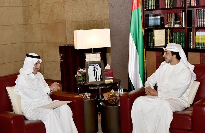 """رئيس الدولة يتلقى دعوة من مؤسسة الفكر العربي لرعاية مؤتمر """"فكر 15"""""""