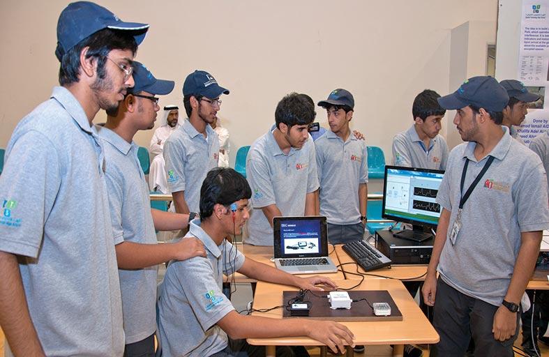 أبوظبي التقني يدشن الصف السادس والسابع بالتكنولوجيا التطبيقية في الغربية والثامن بجميع إمارات الدولة