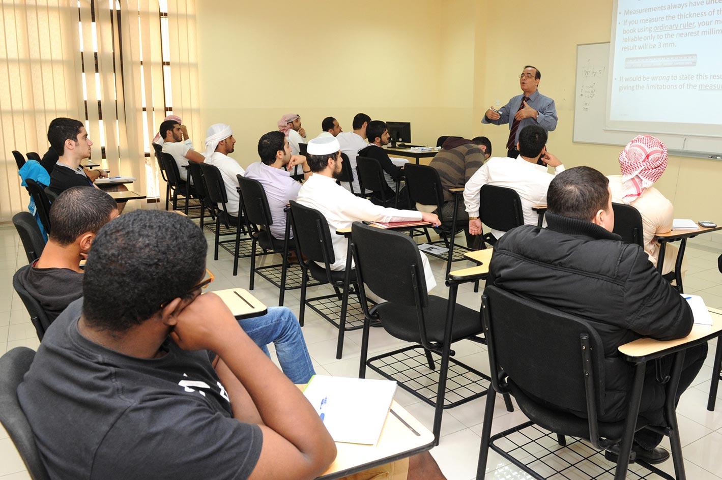 جامعة أبوظبي تطرح برامج أكاديمية ومشاريع بحثية جديدة خلال الفصل الدراسي الثاني