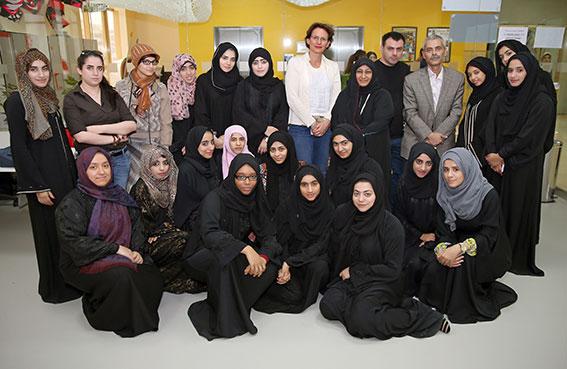 جامعة عجمان تعقد ورشة عمل لتصميم مكتبة عامة لإمارة عجمان