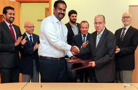 جامعة عجمان توقع اتفاقية تعاون مع شركة السويدي للحاسوب