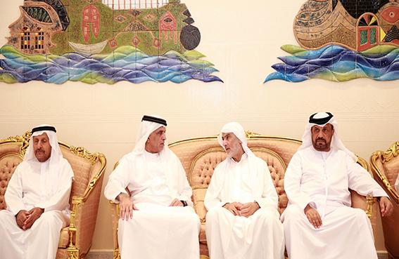 حاكم رأس الخيمة يعزي أحمد الأعماش وإخوانه في وفاة والدهم
