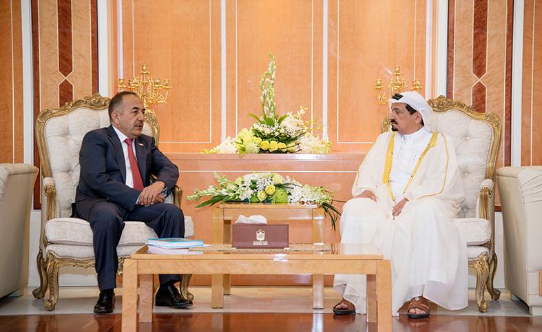حاكم عجمان يستقبل قنصل طاجيكستان