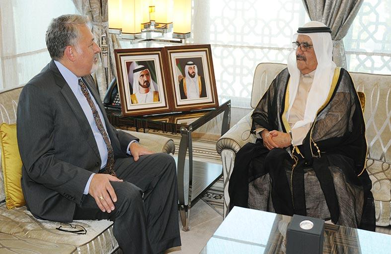 حمدان بن راشد يستقبل القنصل العام الأمريكي