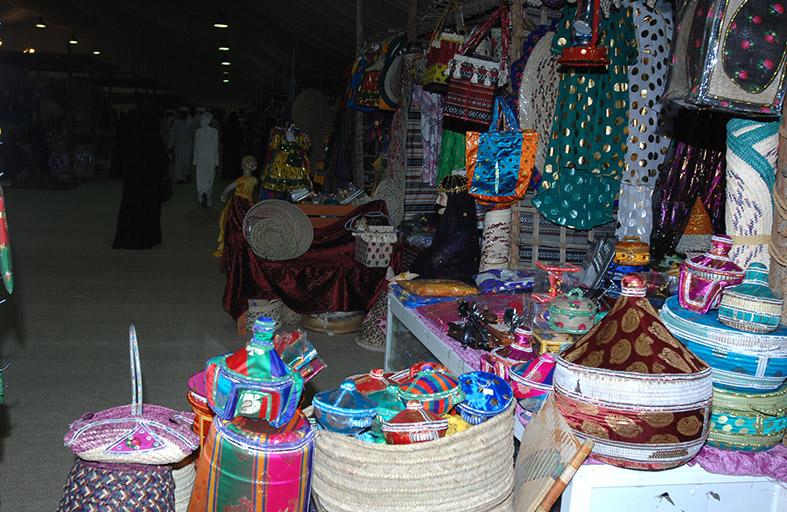 دائرة التنمية الاقتصادية بأبوظبي تشارك في مهرجان ليوا للرطب
