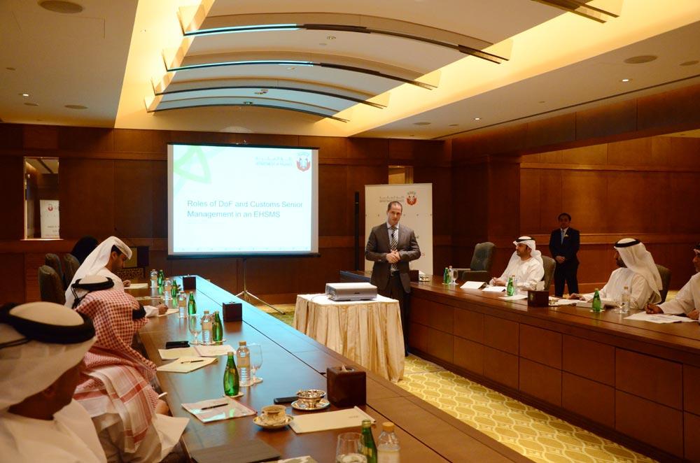 دائرة المالية - أبوظبي تنظم ورشة عمل حول تطبيق نظام إدارة البيئة والصحة والسلامة