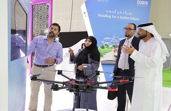 دبي للثقافة تستعرض خدماتها الذكية خلال مشاركتها في جيتكس 2016