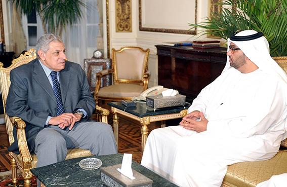رئيس الوزراء المصري وسلطان الجابر يبحثان إنجازات برنامج الدعم الإماراتي لمصر