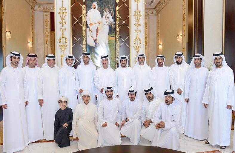 سلطان بن حمدان آل نهيان يحضر مأدبة غداء أقامها حمد بن غليطة