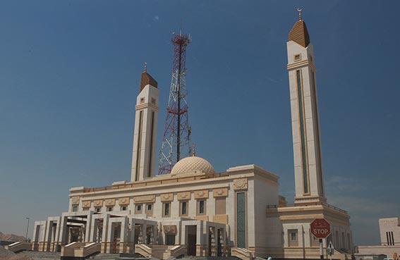 مسجد عبد الله الأعماش في الرمس تحفة معمارية جديدة وصديقة للبيئة