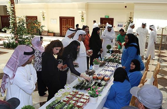 طلاب مركز زايد الزراعي للتنمية والتأهيل يعرضون منتجاتهم بصندوق أبوظبي للتنمية