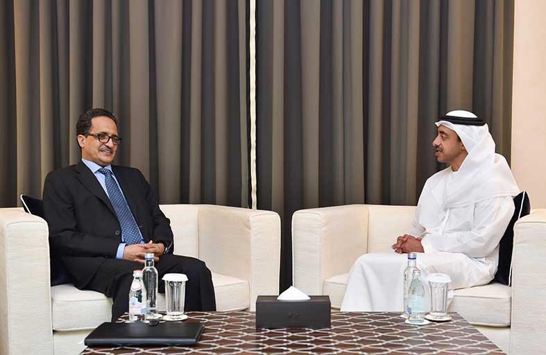 عبدالله بن زايد يبحث مع وزير خارجية موريتانيا سبل تعزيز العلاقات الثنائية