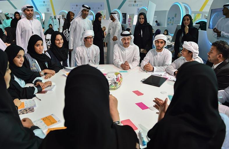 عبدالله بن زايد يزور المعرض الوطني للابتكار 2016 بدبي