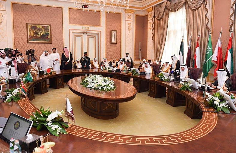 عبدالله بن زايد يشارك في الاجتماع الـ 137 للمجلس الوزاري التحضري لدول التعاون بالرياض