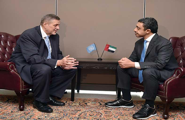 عبدالله بن زايد يلتقي الممثل الخاص للأمين العام ورئيس بعثة الأمم المتحدة للمساعدة في العراق