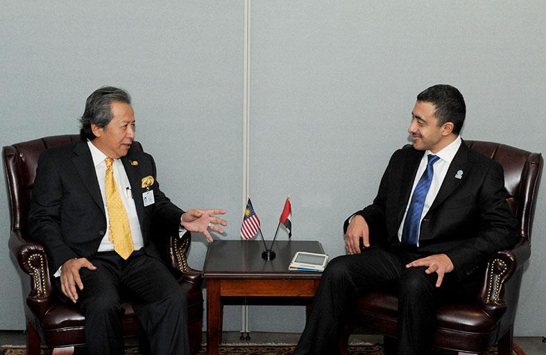 عبدالله بن زايد يلتقي في نيويورك وزراء خارجية إيرلندا وإيران وماليزيا والهند