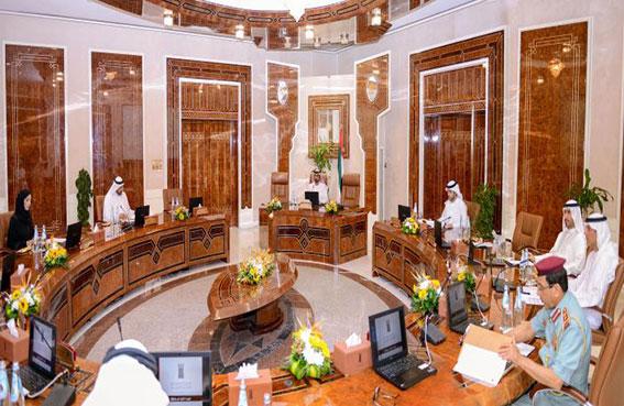 عمار النعيمى يترأس اجتماع المجلس التنفيذى بعجمان