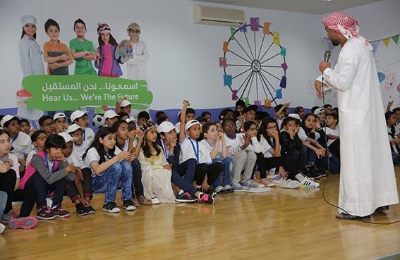 ورشة عملية في ملتقى الشارقة تبني معايير الاستدامة لمدن الأطفال العرب
