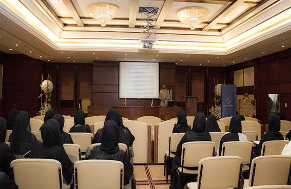 غرفة عجمان للتوظيف تنظم ورشة عمل حول الباحثين عن فرص العمل