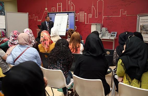 قسم التصميم الداخلي بجامعة عجمان يعقد ورشة عمل للطلبة