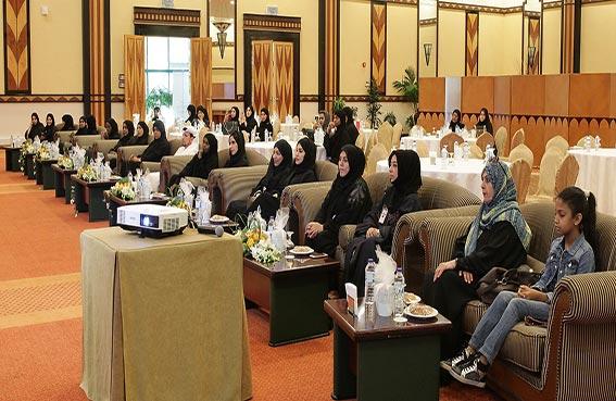 تحريات شرطة دبي تحتفي بيوم المرأة الإماراتية