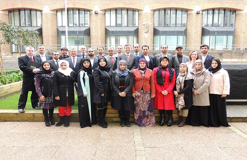 كلية محمد بن راشد للإدارة الحكومية تنظم زيارة ميدانية إلى بريطانيا لموظفي هيئة كهرباء ومياه دبي