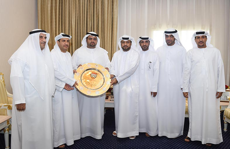 محمد بن حمد الشرقي يستقبل رئيس وأعضاء مجلس إدارة نادي دبا الفجيرة