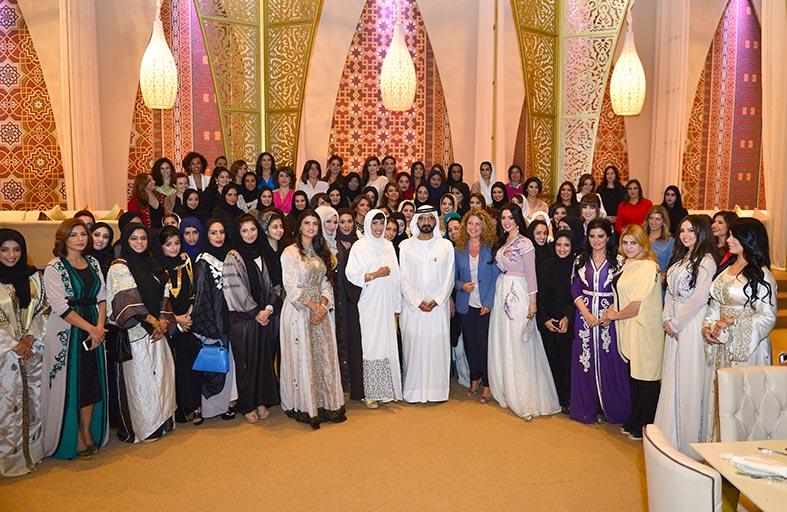 محمد بن راشد يؤكد على دور الإعلام للنهوض بالمجتمع العربي في مواجهة التحديات