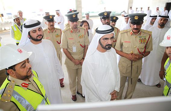 محمد بن راشد يتفقد المبنى الجديد للإدارة العامة للأدلة الجنائية