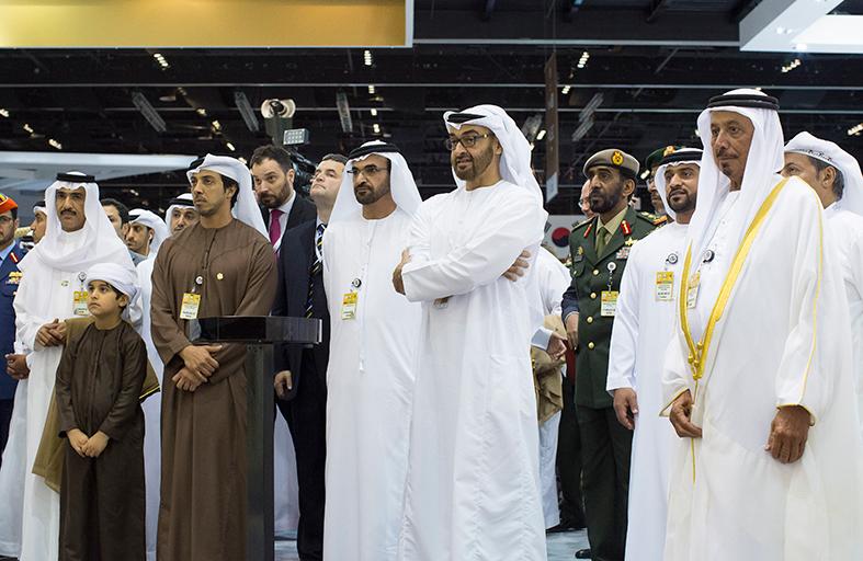 محمد بن زايد: صناعاتنا الدفاعية الوطنية أصبحت تتمتع بثقة عالمية متنامية