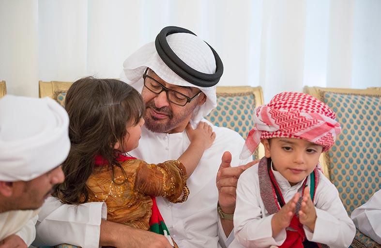 محمد بن زايد: حب الوطن والتضحية لأجله ونصرة الأشقاء قيم أصيلة تربينا عليها