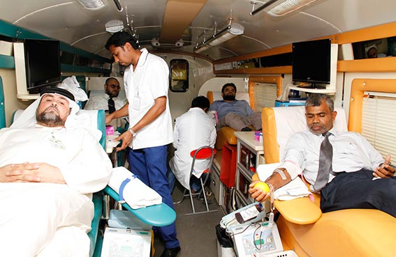 مركز المعلومات الإسلامي يقيم فعالية للتبرع بالدم وتوعية المسلمين الجدد بدار البر
