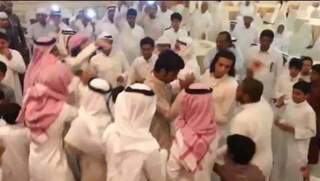 تشاجر أهل العروسين بسبب رقصة