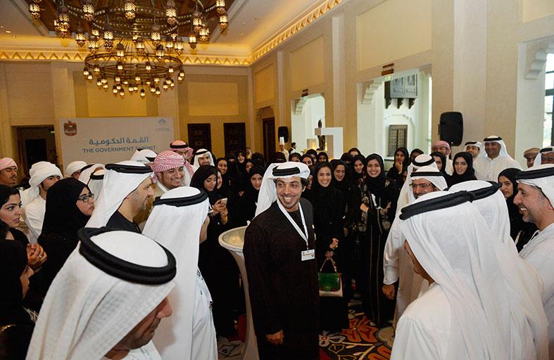 منصور بن زايد: العمل في القطاع الخاص خيار استراتيجي
