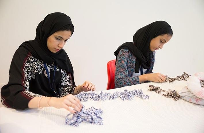 مفوضية مرشدات الشارقة تطور المهارات الحياتية والمهنية للفتيات الإماراتيات