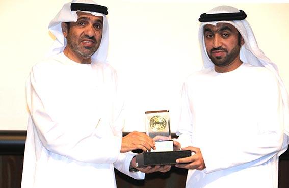 موظفو الأرشيف الوطني يتبرعون لبناء مساجد وأعمال خيرية وإنسانية أخرى