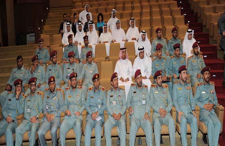 وزارة الداخلية تناقش التحول الإلكتروني لخدماتها وجاهزية قطاعاتها