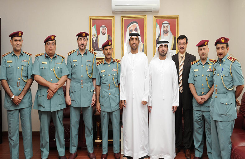 وفد الإستشاري الوطني يطلع على مهام قانونية شرطة أبوظبي